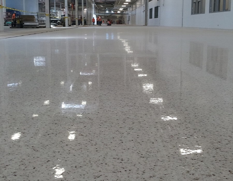 EPOXY QUARTZ BROADCAST FLOORING SYSTEM